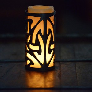 Iron Candle Holders Design 3.5 to 8 inches Diameter (Candles included)(Quantity discount 24 or more call)