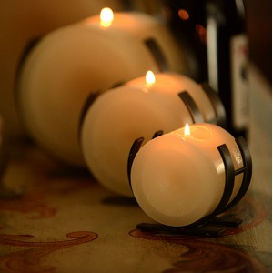 "Horizontal Iron Candle Holders & Candles, 8"" Diameter (Quantity discount 6 or more call)"