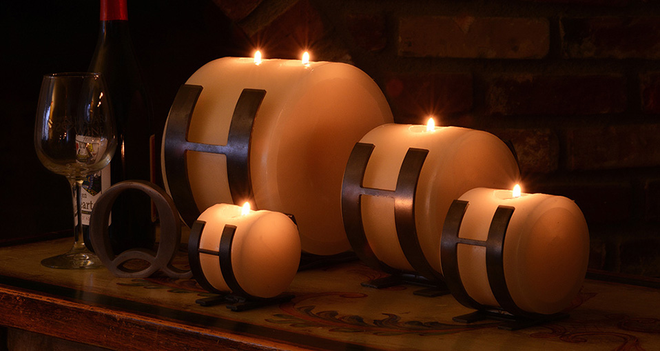 Candle holders metal horizontal design